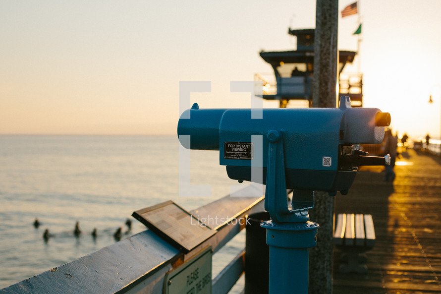 view finder on a pier