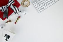 mug, gifts, lipstick, bracelets, makeup, presents, ornaments, Christmas, red, gold, black, white, diva, bells, computer keyboard, desk, home office