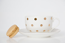 tea cup and macaroon