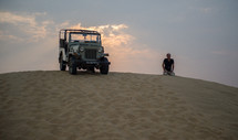 jeep in the deserts of India