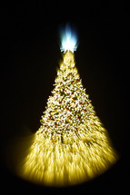 blurry image of a Christmas tree