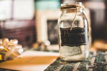 honeymoon fund in a mason jar