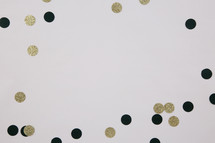 black and gold confetti