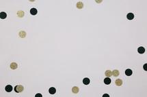 black and gold confetti