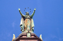 Notre Dame Basilica, Montreal, Canada statue on roof