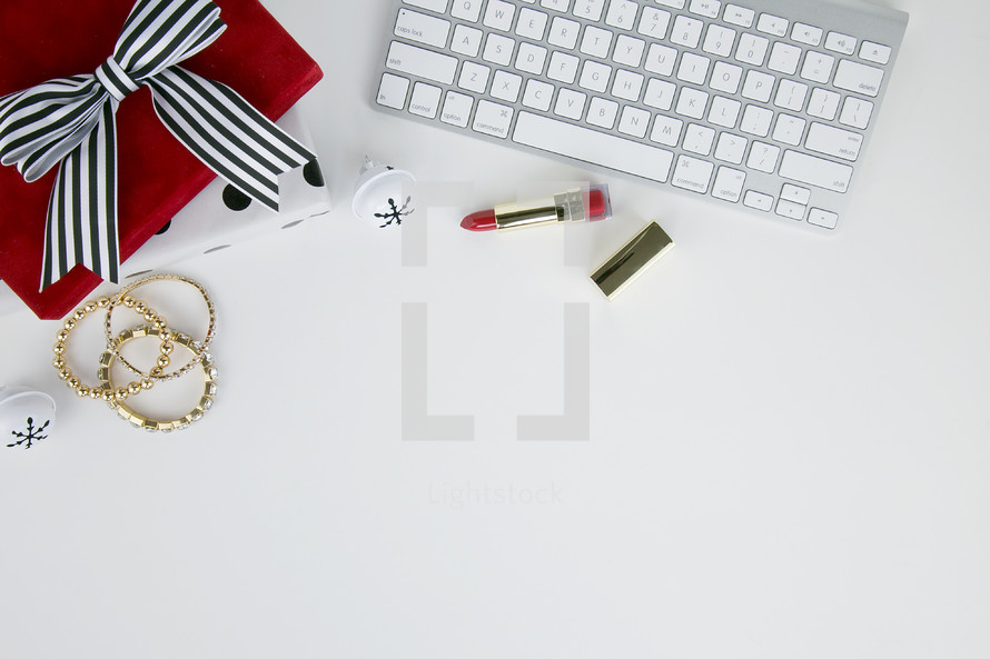 Christmas gift, lipstick, presents, earrings, jewelry, gold, red, computer keyboard, desk