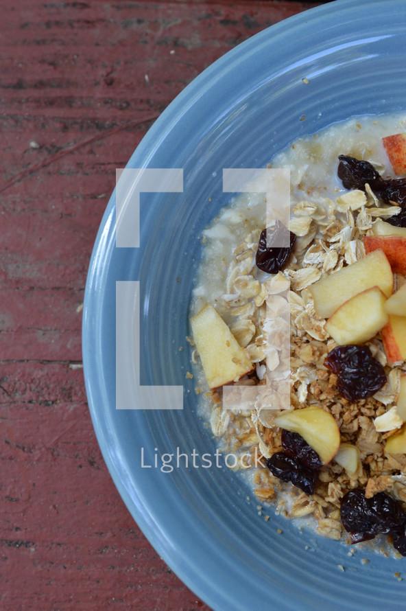 granola and berries