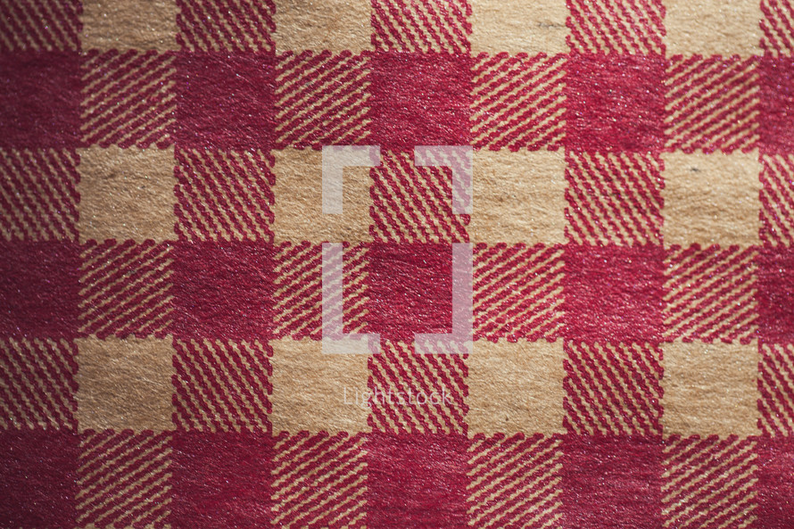 Red and tan checkered pattern