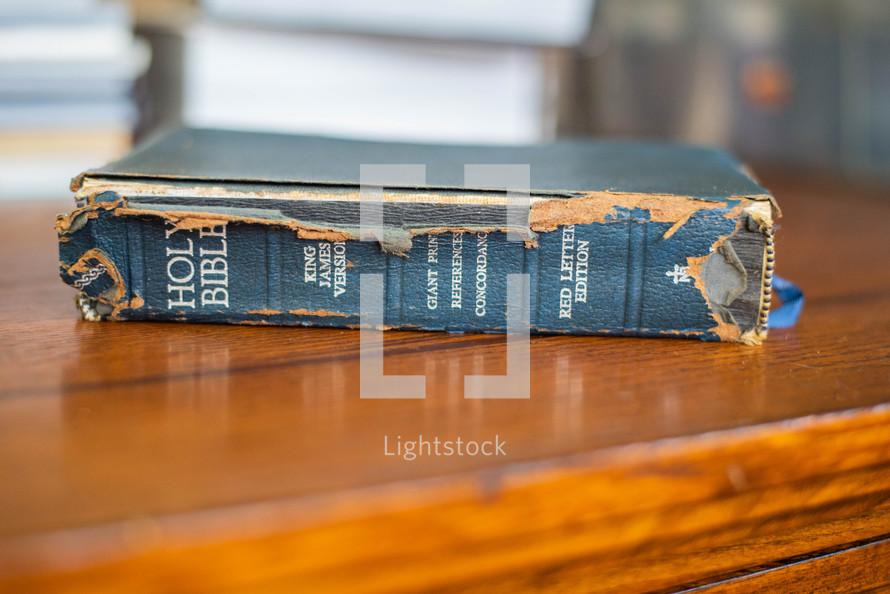 Worn bible spine — Photo — Lightstock