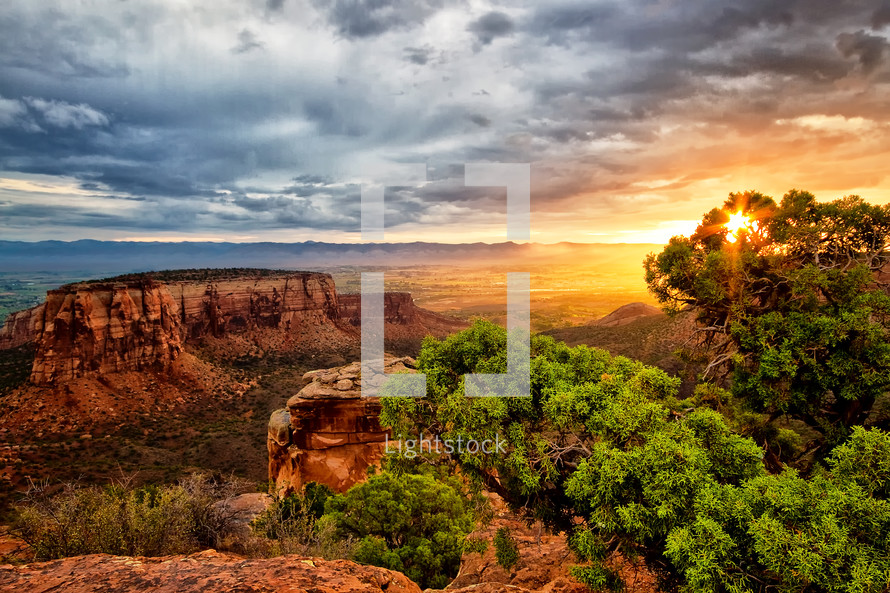 Sunrise on the canyons at the Colorado National Monument