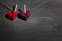 felt hearts on a clothesline