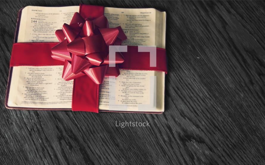 """Gift the Gospel"" this Chrstimas"