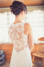 lace detail on the back of a wedding dress