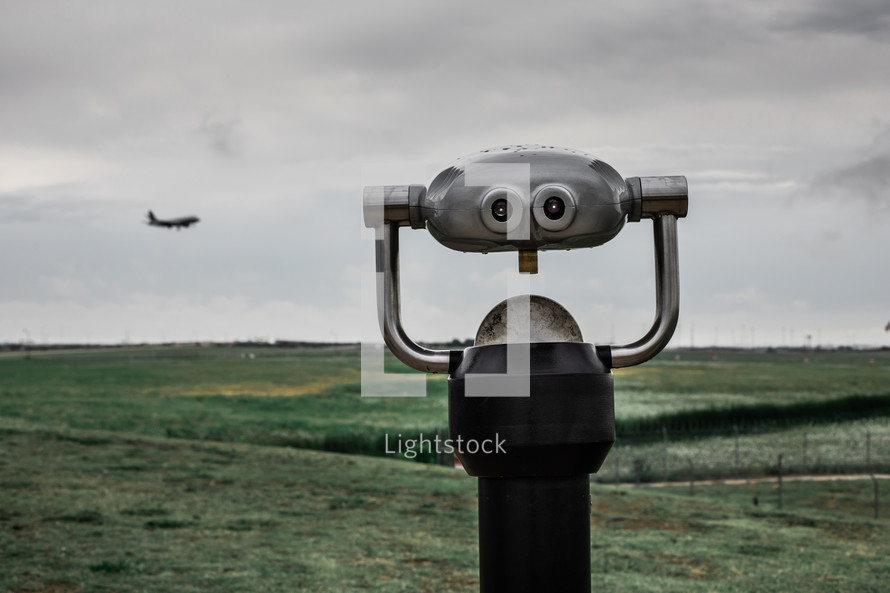 viewfinder scope at an airport