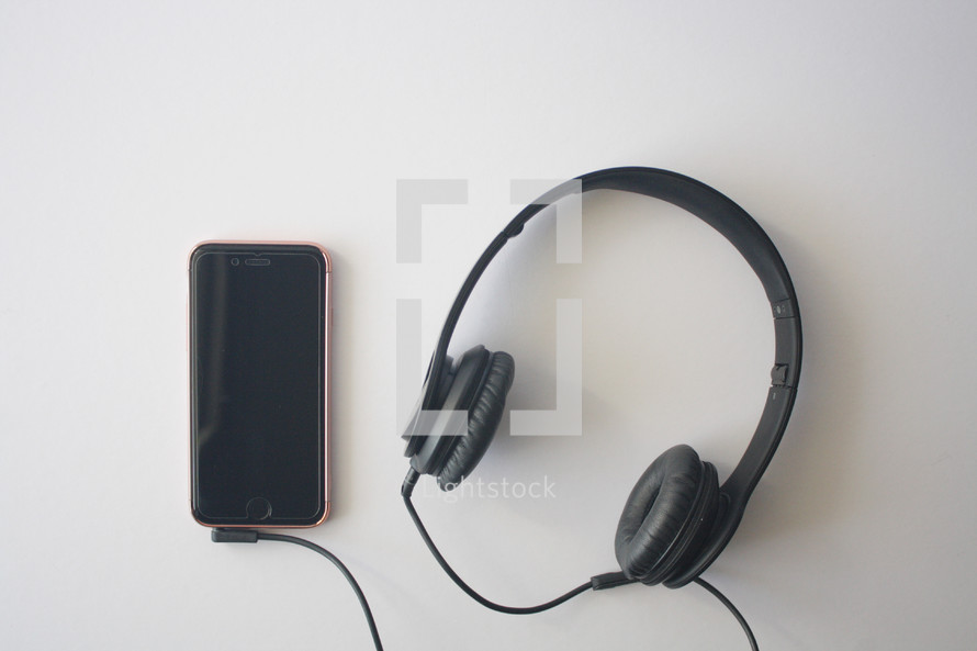 headphones and cellphone