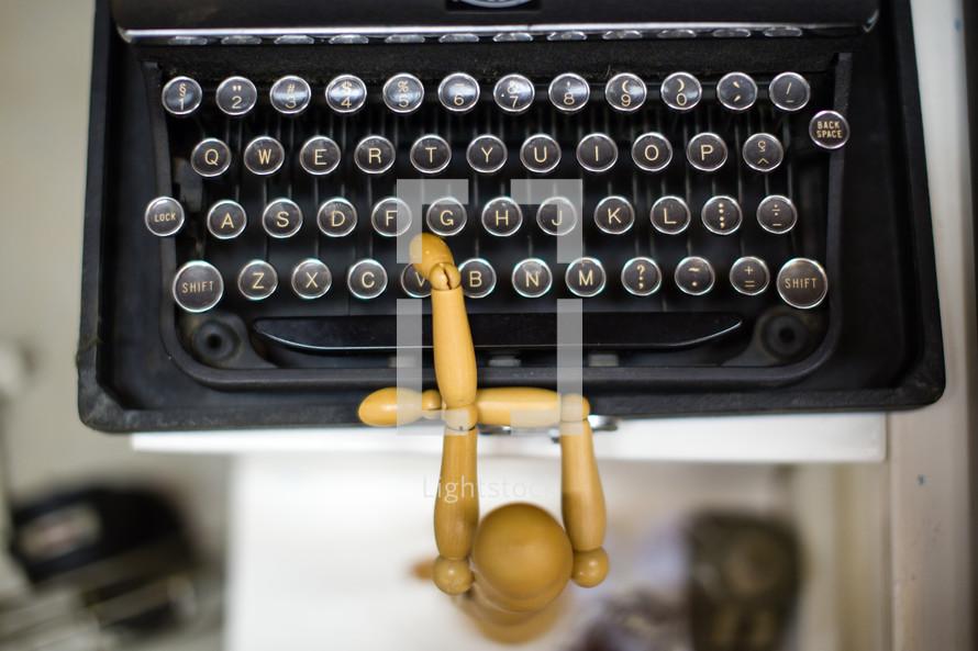 typewriter and art form