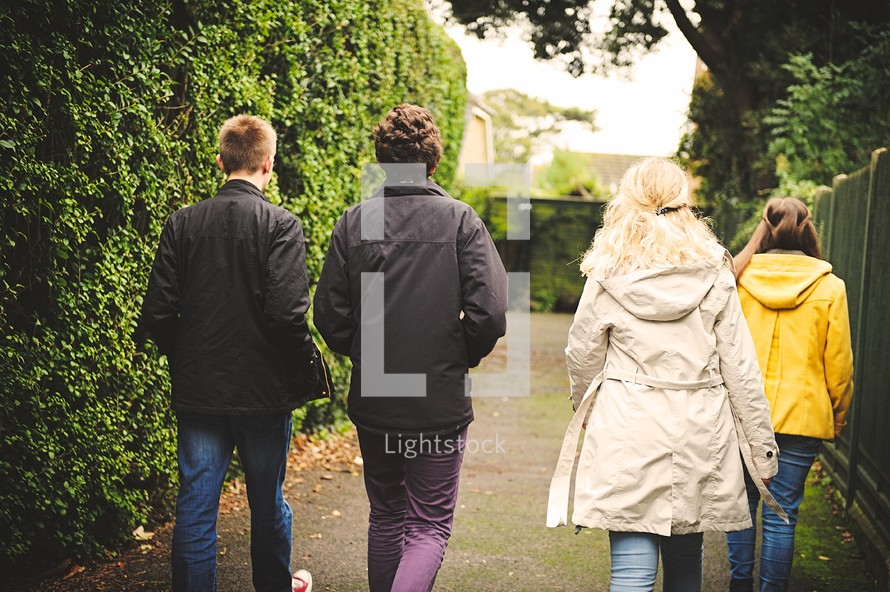 sidewalk, teens, youth, youth group, boy, friends, girl, outdoors