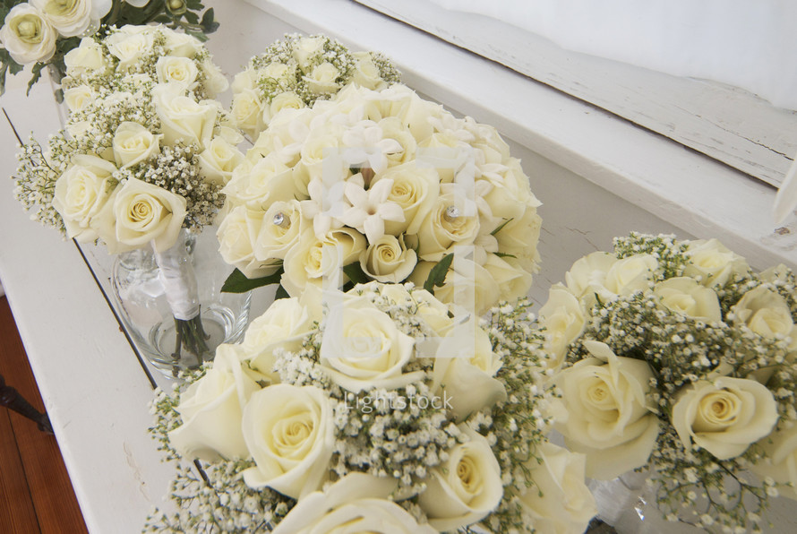 White rose flower bouquets