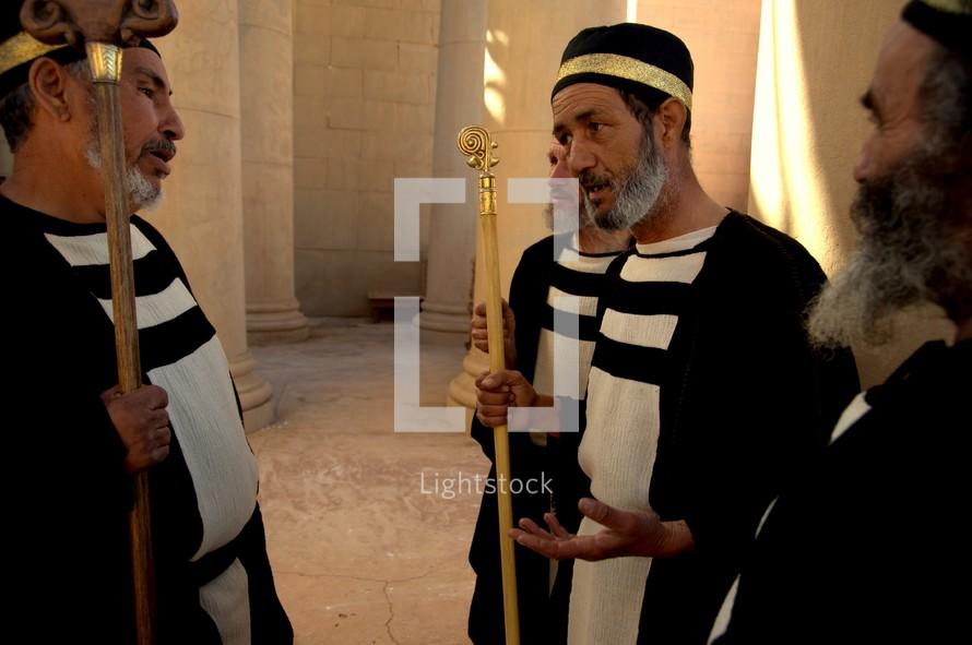 Judas agrees to betray Jesus