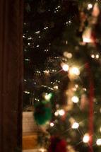 lights on a Christmas tree