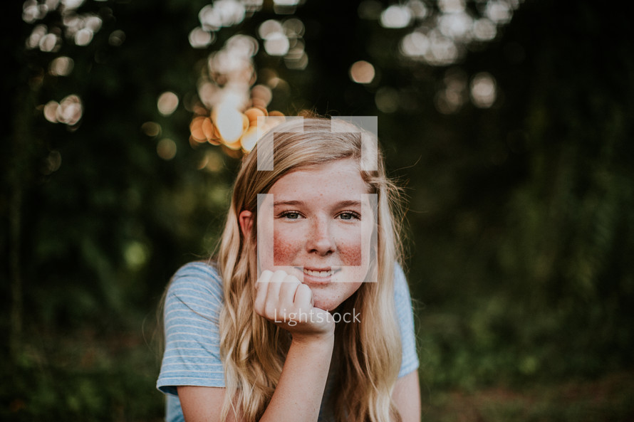 a portrait of a teen girl