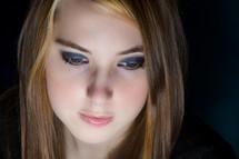 teen girl and eye shadow
