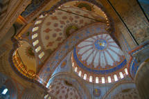 An exquisite rotunda in a Mosque