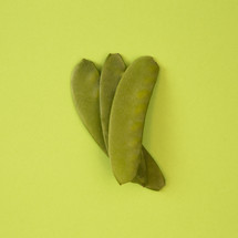 sweet peas on green