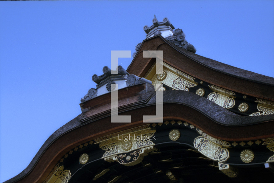 ornate roofline on a Japanese building