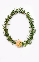 green wreath with flower