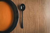 crock pot of butternut squash soup