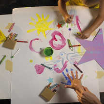 children drawing and finger painting