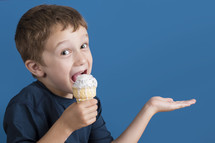 kid eating ice cream cone