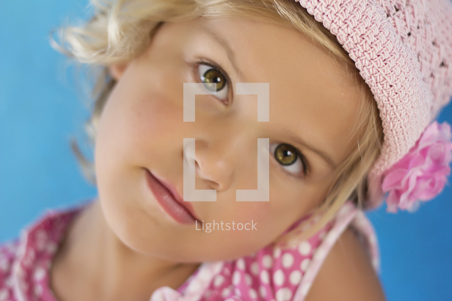 Little girl with green eyes