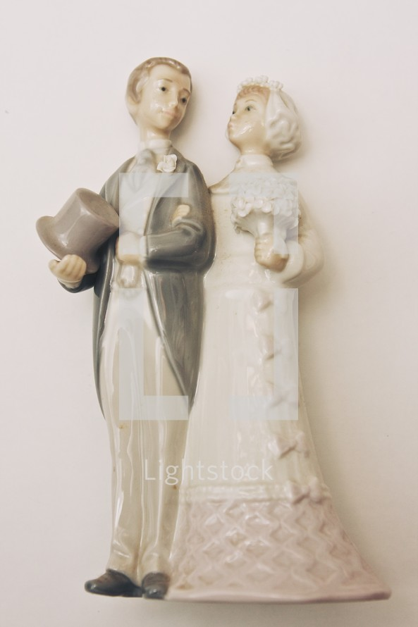 porcelain bride and groom cake topper