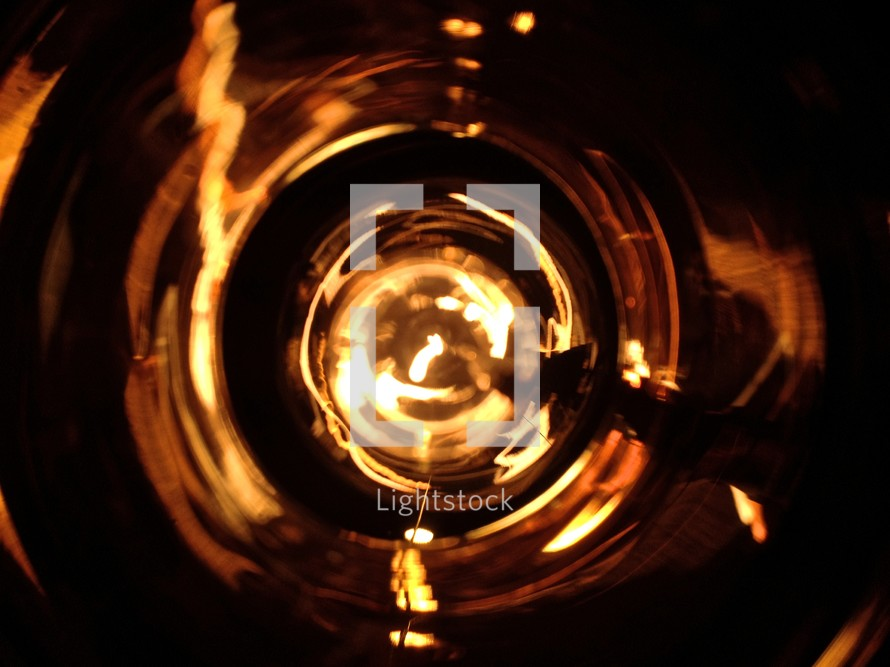 Lightbulb and filament