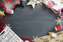 Christmas gift wrap border