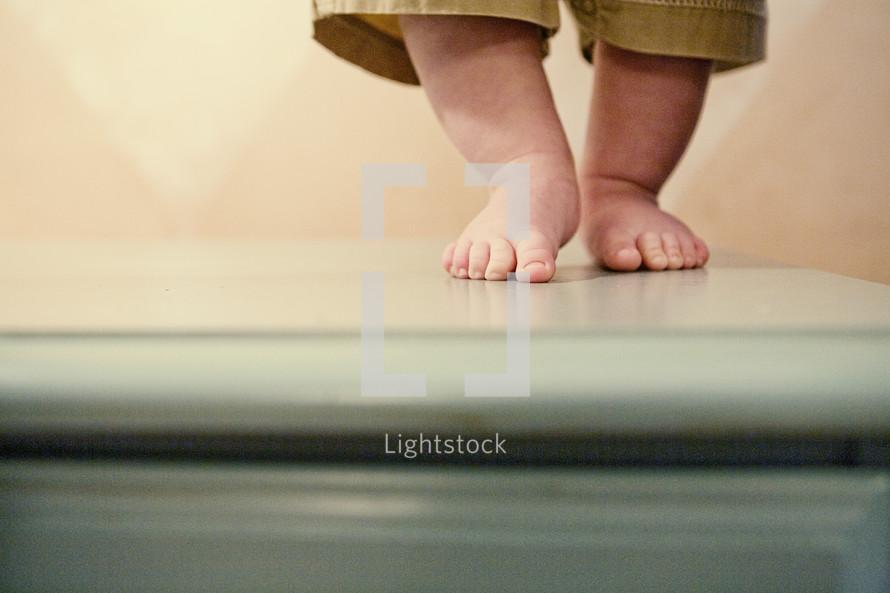 infant bare feet