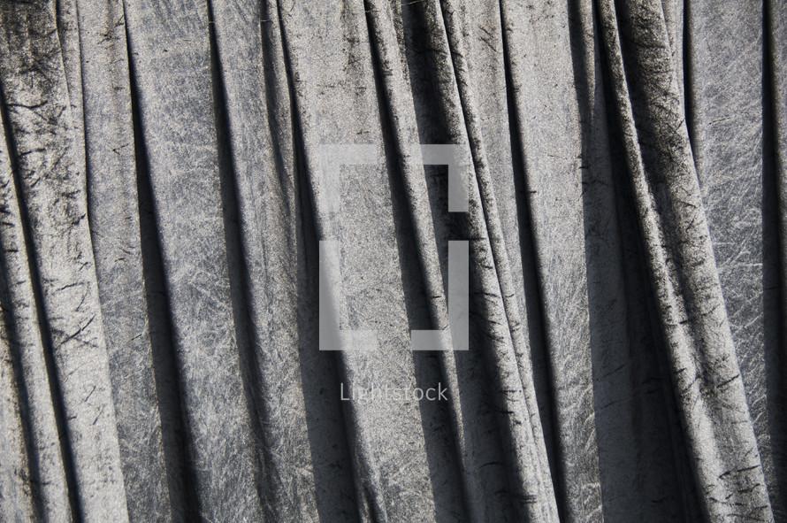 cascading heavy weave cloth curtains