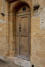 arched doorway in Oxford
