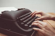 an antique typewriter