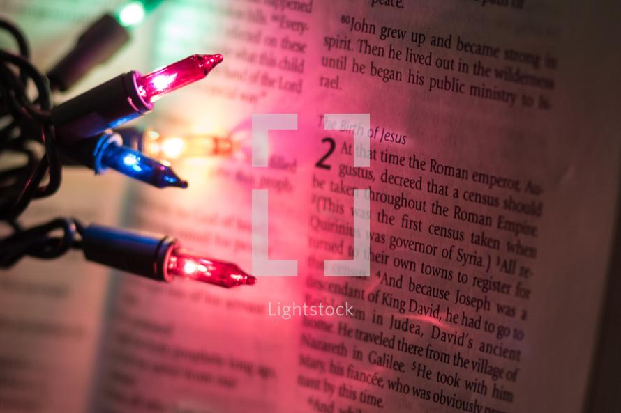 Birth of Jesus,  Luke 2, Luke 2:1, Christmas lights