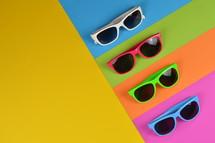 sunglasses border