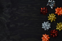 border of holiday bows