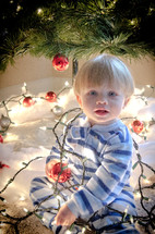 toddler and Christmas lights