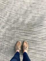 feet standing