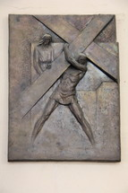 Jesus carrying the cross plaque