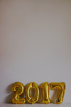 gold 2017 in balloons