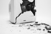 broken computer screen