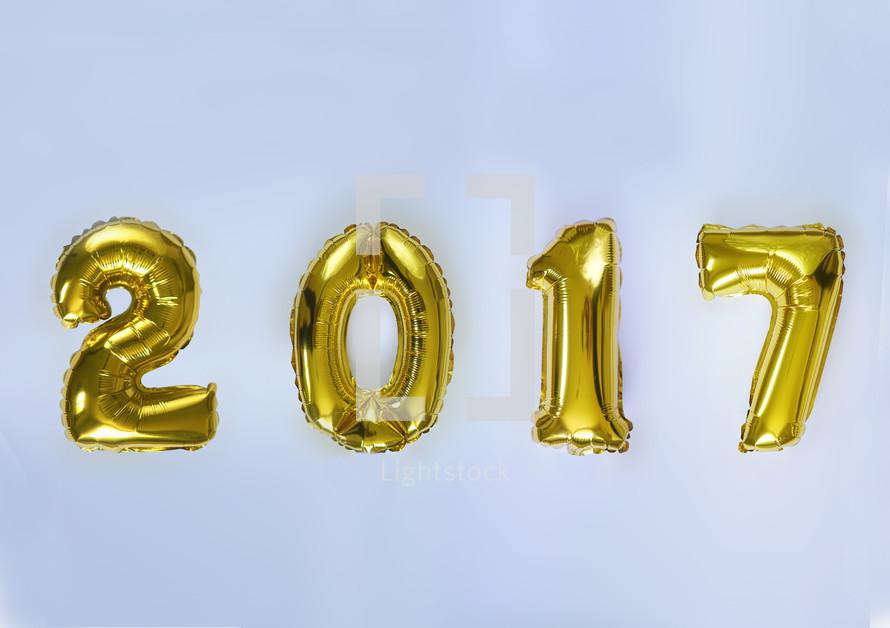 gold 2017 balloons